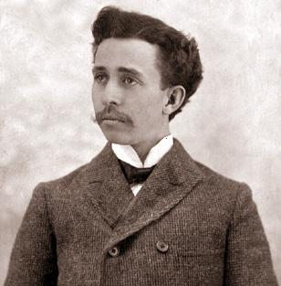 http://upload.wikimedia.org/wikipedia/en/5/54/James_Cash_Penney_%28ca._1902%29.jpg