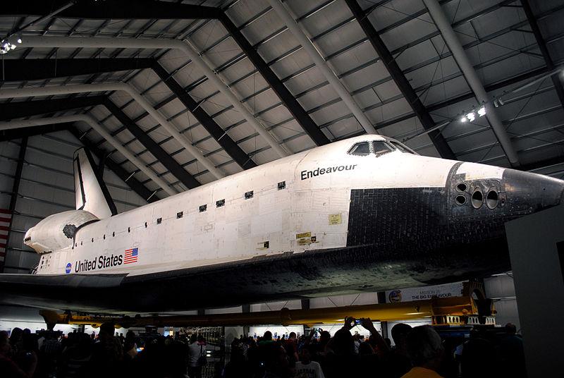 http://commons.wikimedia.org/wiki/File:NASA_Space_Shuttle_Endeavour_(OV-105)_-_Flickr_-_FastLizard4.jpg